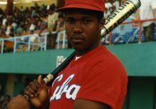 90年代跨越新世紀在國際棒壇讓棒球列強聞風喪膽的古巴隊強打者(Omar Linares)