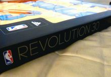NBA球衣視界 - 第6章-1:  Revolution 30球衣之評測
