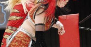 驚悚!日女摔爆發近年職業摔角界最激烈衝突事件!(內含影片)