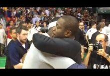 【場下影片】分手後還是朋友,LeBron和Wade賽後緊緊相擁