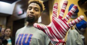 外接手的超黏手套 讓接球變太簡單?