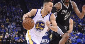 三分遭馬刺嚴防,Curry試著改變攻擊型態!〈圖解〉