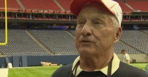 88 歲場地維護神人  從沒缺席過超級盃