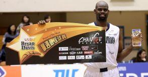太座加持 B.戴維斯獲選一月MVP