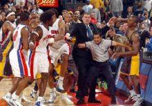2003年印第安納:最後一拳