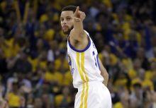 進擊的Curry,生涯季後賽最佳表現ing