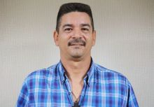 義大犀牛外籍投手教練Roberto Espinoza