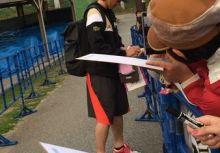 2014 沖繩春訓之旅 - 陽岱鋼的簽名入手