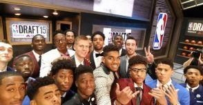 [文章翻譯]2015年NBA選秀會年鑑:特別頒獎大會