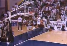 小葛瑞菲和棒子爺都參加過的灌籃大賽?冠軍竟是罰球線起跳的大魔王