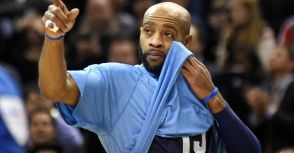 [強尼籃球醬報] 全場球迷致意 Carter感動落淚