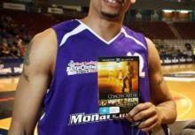 《卡特教頭》真實中唯一繼續打職籃的球員-Wayne Oliver