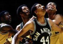 聖安東尼奧馬刺隊史(16-2): 馬刺隊史最佳戰績 & 進擊的七六人 (82-83 season)