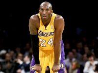 湖人傳奇Kobe Bryant的銅像應該選用哪一個動作呢?!