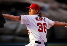 成功增重25磅的Jered Weaver
