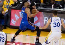 雷霆「勝之步舞」? Westbrook的軸心腳動了嗎?