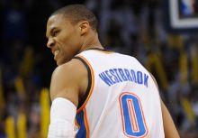 靠「刷」數據洗大三元?Westbrook的瘋狂表現對雷霆是利是弊?