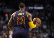 【騎士出大事?】 LeBron James低迷皆因使用過度?