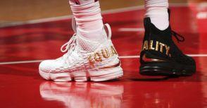 Lebron首度連三場大三元,除了贏球,透過球鞋宣揚種族平等!