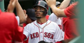 Mookie Betts,最接近「現代神獸」Mike Trout的球星?