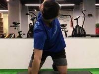 挺胸+轉胸!打開胸椎活動度讓你不再腰痛肩膀痛