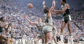 東鳥(Larry Bird)西魔(Magic Johnson),十年王朝:劃時代的NCAA決賽