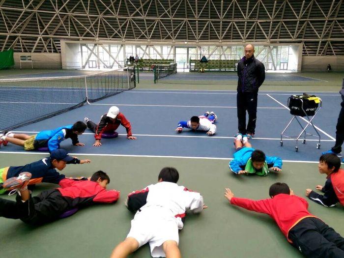 學員們受訓時配有專屬教練進行專業指導